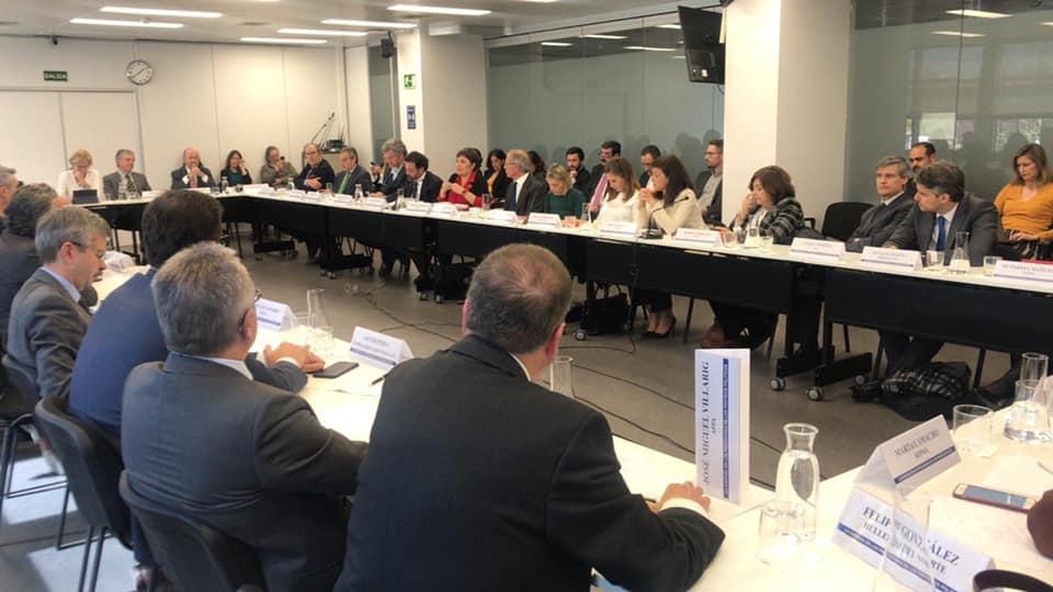 Mesa redonda  sobre LA ENERGIA en los programas de los partidos políticos ante las elecciones generales.